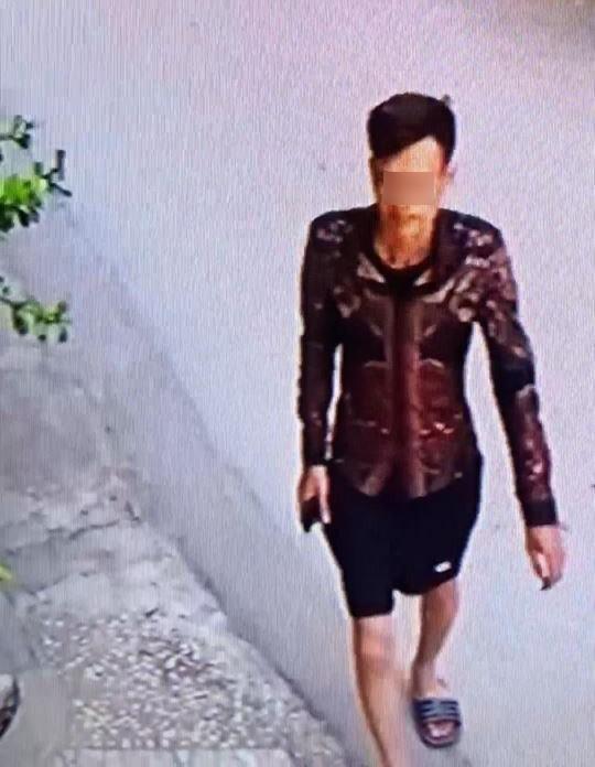 Hà Nội: Truy tìm thanh niên vờ gửi lại quần đùi ở shop quần áo để trộm xe Liberty - Ảnh 1.