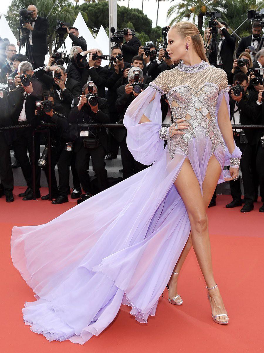 Thảm đỏ Cannes những ngày qua không thiếu công chúa nhưng phải đến bây giờ, nữ hoàng mới thực sự xuất hiện - Ảnh 6.