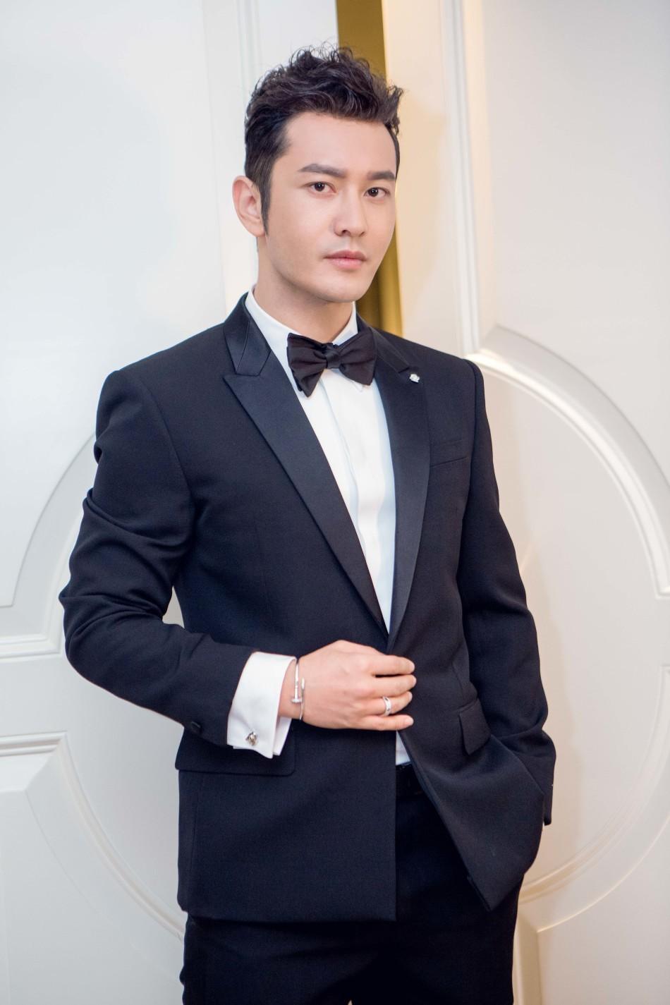 Thảm đỏ LHP Cannes: Huỳnh Hiểu Minh kém sắc, Yoo Ah In bảnh bao xuất hiện cùng dàn siêu mẫu xinh đẹp - Ảnh 4.