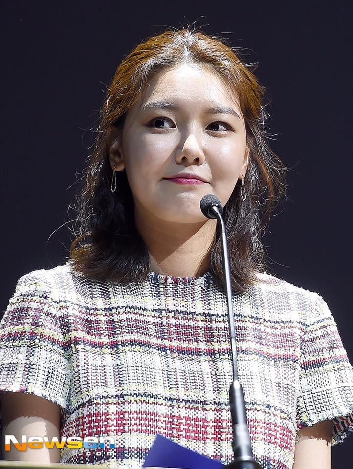 Không tin nổi trước khuôn mặt sưng vù sần sùi mụn, biến đổi chóng mặt của Sooyoung (SNSD) chỉ sau 2 tháng - Ảnh 5.