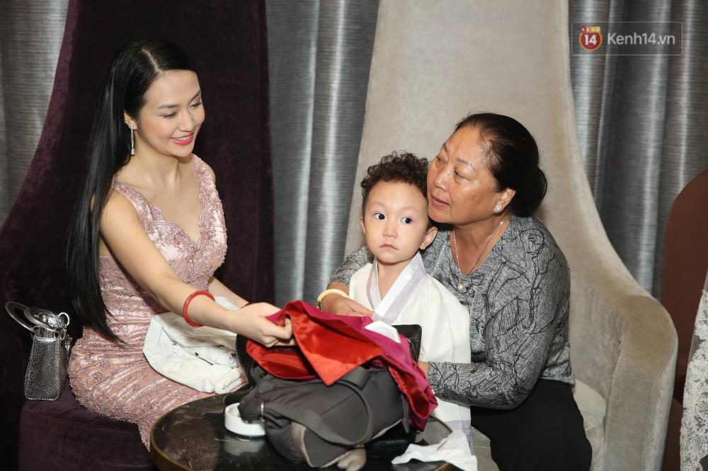 Tuấn Hưng cùng vợ con đến mừng đám cưới bạn thân chí cốt Lâm Vũ - Ảnh 4.