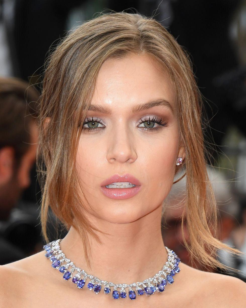 15 khoảnh khắc beauty thần sầu tại Cannes 2018 mà tín đồ làm đẹp nào cũng nên xem để lấy cảm hứng - Ảnh 8.