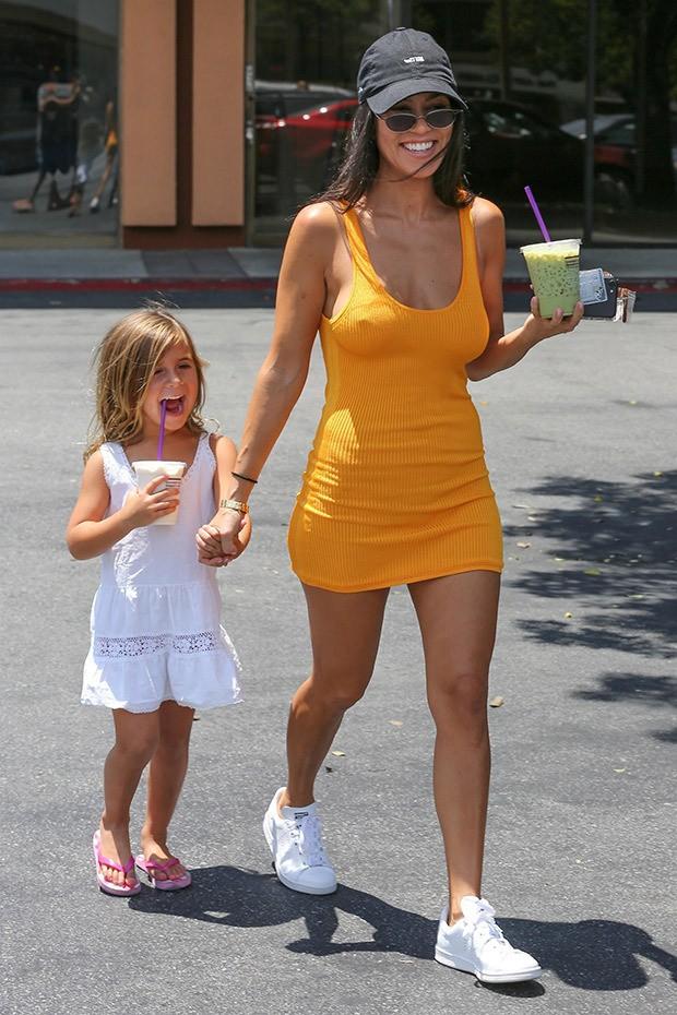 Sinh ra trong Hoàng gia nước Mỹ, các bé nhà Kardashian từ nhỏ phải tuân theo loạt quy định nghiêm ngặt - Ảnh 16.