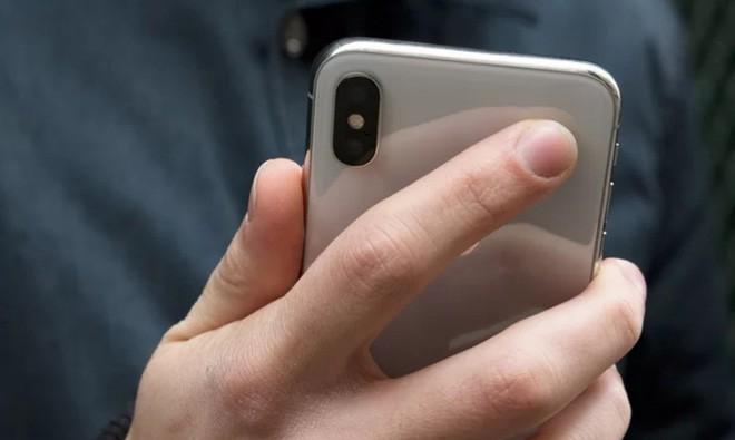 iPhone 2019 sẽ có 3 camera, chụp ảnh đẹp hơn và cảm biến vân tay dưới màn hình? - Ảnh 2.