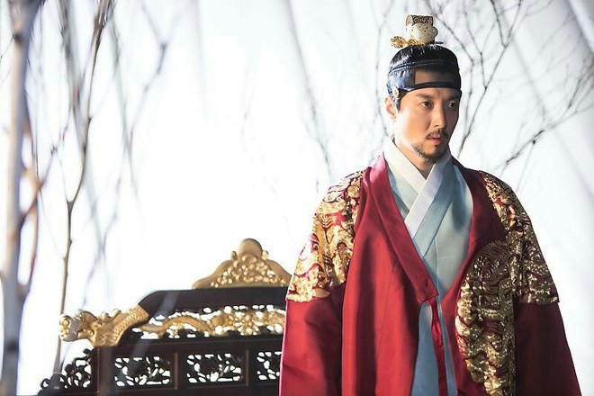 Phận đời bi đát của vương hậu xứ Hàn: Tại vị vỏn vẹn 7 ngày, bị cuốn vào vòng xoáy vương quyền, mất cha và chết đơn độc nơi lưu đày - Ảnh 2.