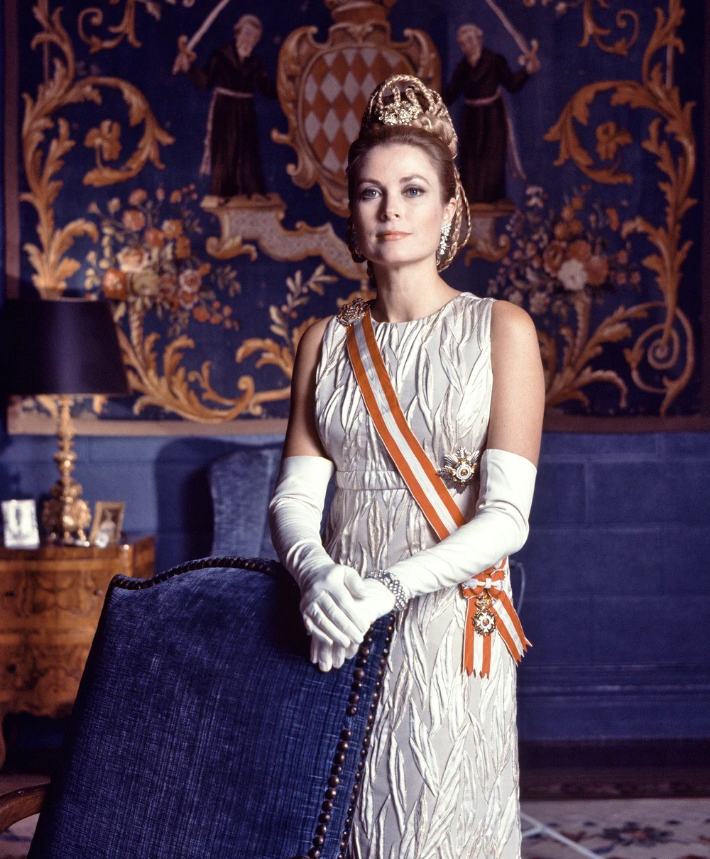 Đâu chỉ có Meghan Markle, lịch sử thế giới còn lưu danh rất nhiều nàng dâu, chàng rể ngoại quốc kết hôn với thành viên Hoàng gia - Ảnh 3.