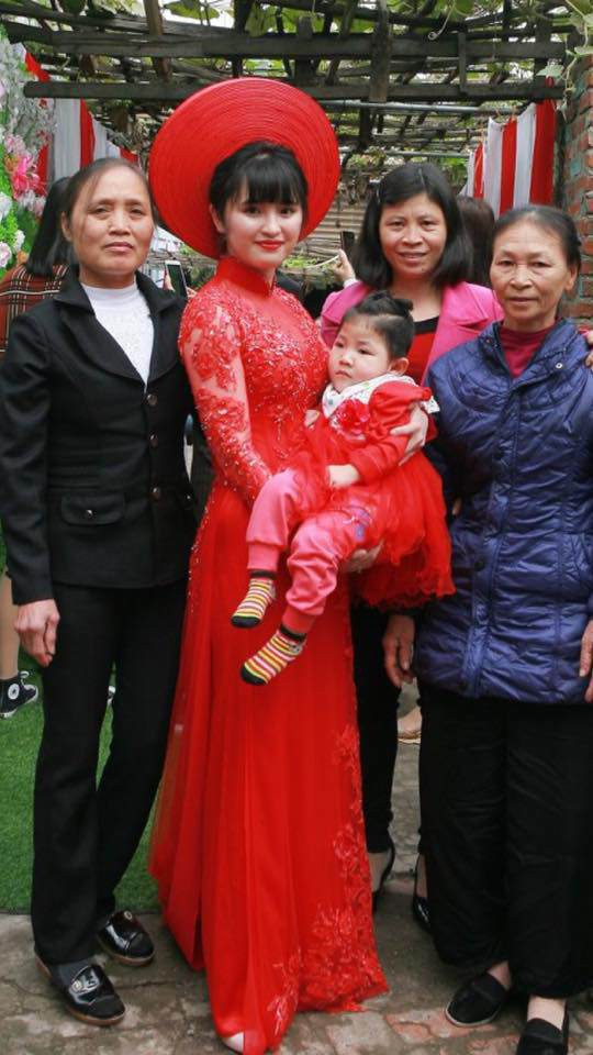 Sau 2 tháng bế em bé Lào Cai xinh như công chúa trong đám cưới, mẹ nuôi 9X của Yến Nhi khoe mang thai con đầu lòng - Ảnh 9.