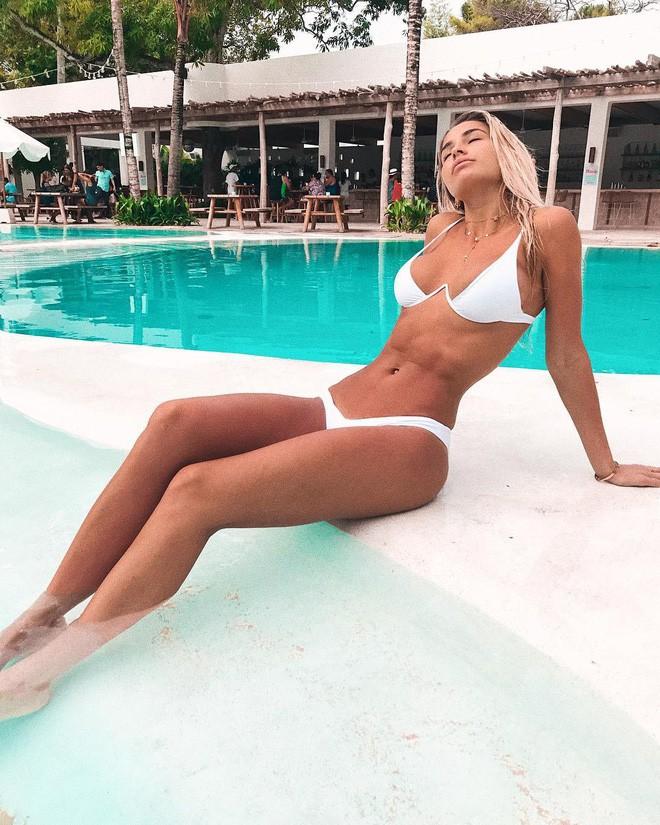 """Nàng nào ngực nhỏ thì hẳn sẽ rất cần mẫu bikini """"ảo diệu"""", giúp tôn dáng vòng 1 hiệu quả này - Ảnh 10."""