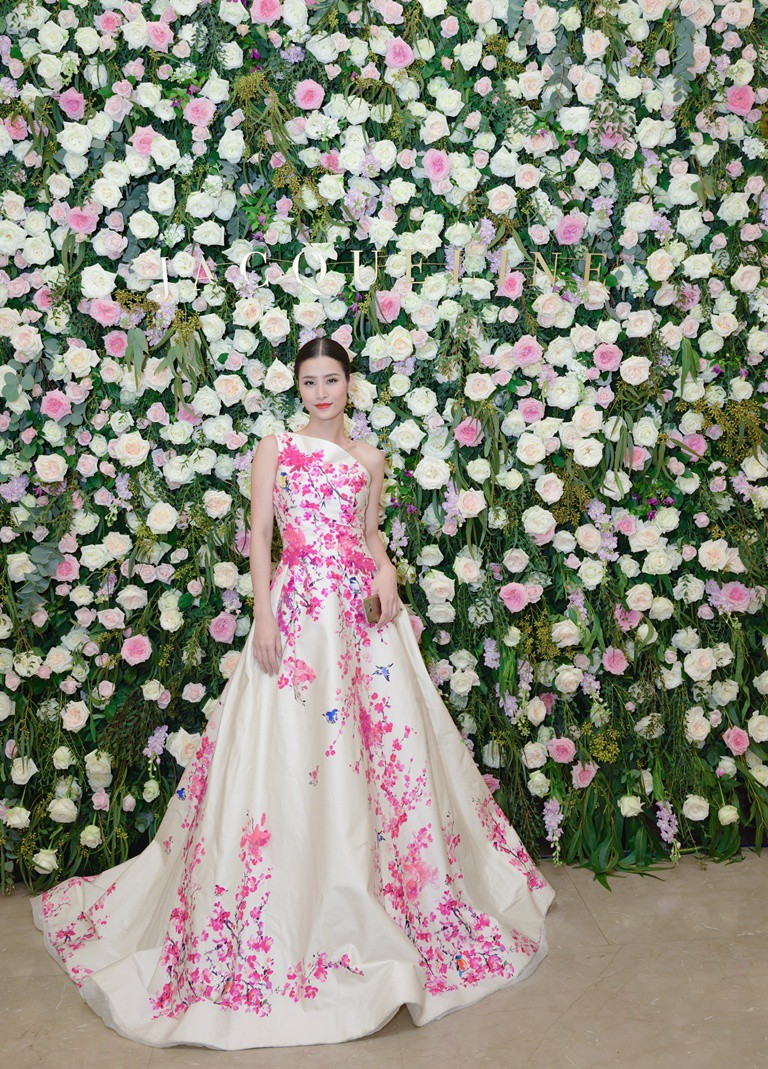 Nhìn lại loạt Best Look của các sao mới thấy, sự ra đi của stylist Mì Gói quả là mất mát đáng tiếc với thời trang Việt - Ảnh 6.
