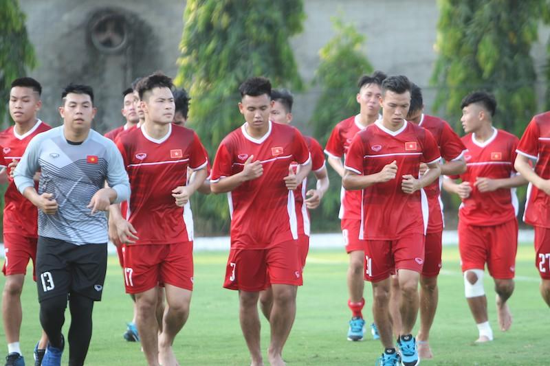 Việt Nam rơi vào bảng cực khó tại VCK U19 châu Á 2018 - Ảnh 1.