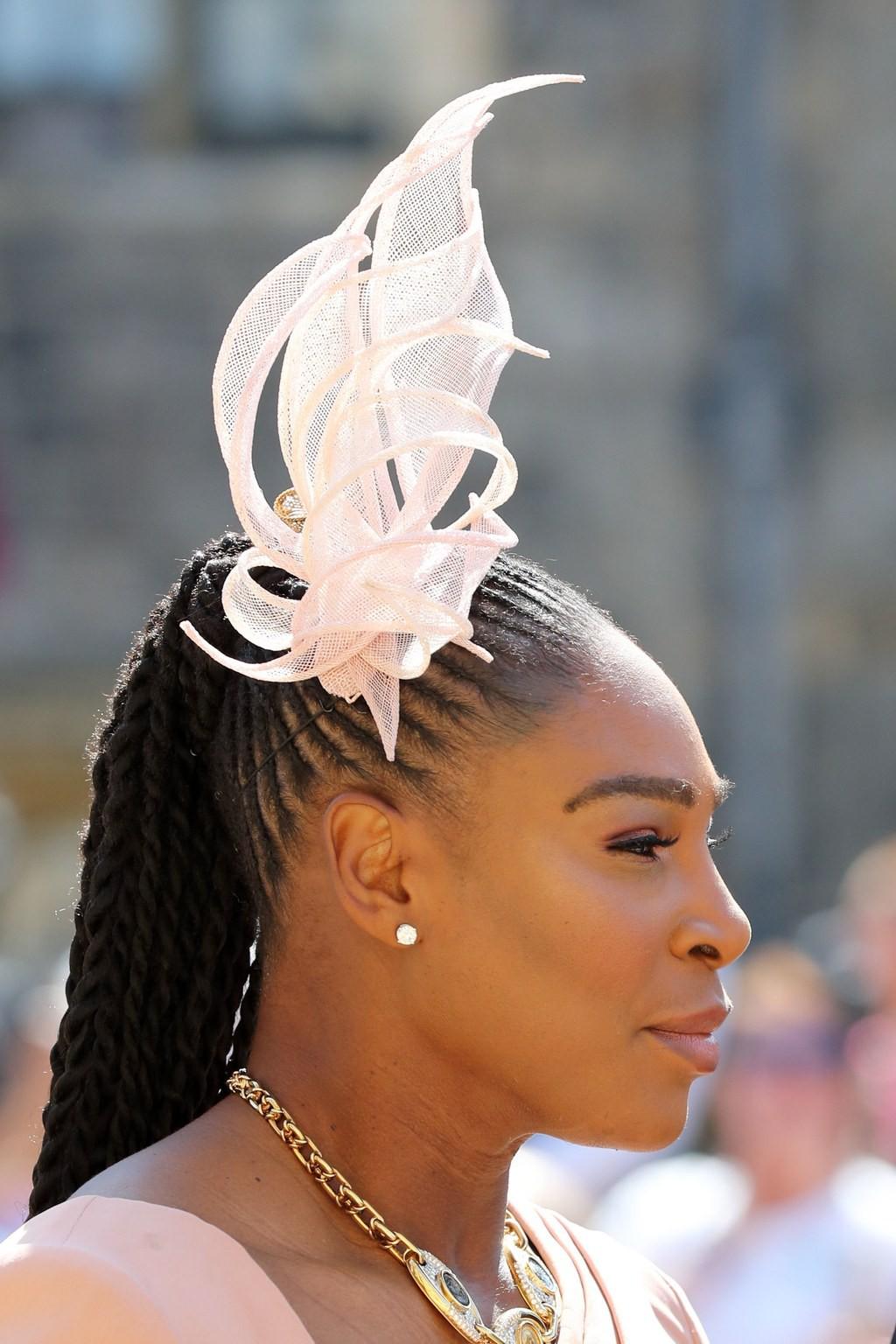 Ngắm thời trang tại đám cưới hoàng gia mà bỏ lỡ 15 chiếc mũ tinh xảo này thì bạn đã bỏ qua đặc sản rồi - Ảnh 11.