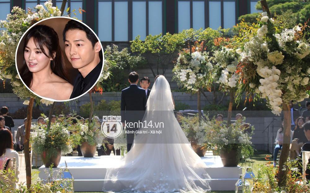 Rần rần trước loạt chi tiết trùng khớp giữa đám cưới Hoàng Gia Anh và hôn lễ thế kỷ của Song Song - Ảnh 5.