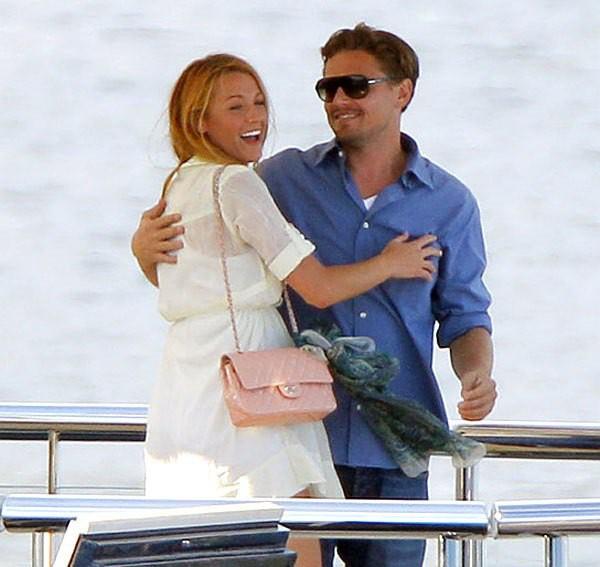 Vợ chồng Deadpool Ryan Reynolds và câu chuyện từ tình bạn thành tình yêu đẹp như trong phim - Ảnh 3.