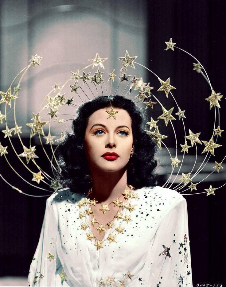"""Ít ai biết, nữ diễn viên từng được mệnh danh """"người đàn bà đẹp nhất thế giới"""" đã đặt nền tảng phát minh Wifi, GPS…"""