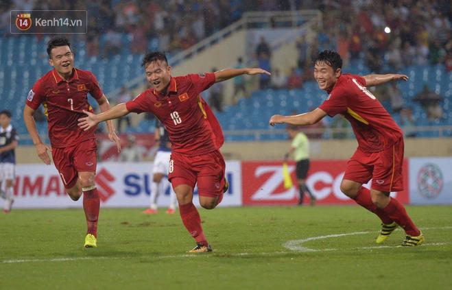 Việt Nam dễ thở, Thái Lan gặp khó tại AFF Cup 2018 - Ảnh 1.