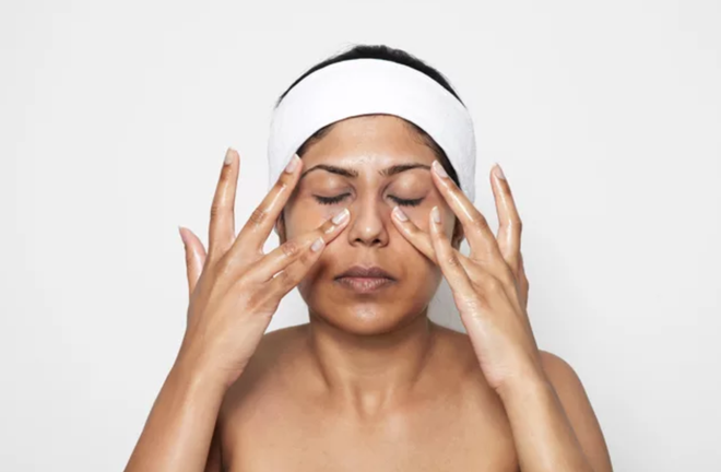 Phương pháp mát-xa thần thánh giúp da căng bóng mịn màng và ngăn ngừa lão hóa - Ảnh 6.