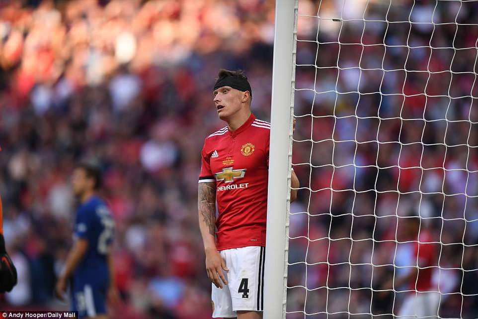 Dàn sao Man Utd thất thểu, cay đắng nhìn Chelsea vô địch FA Cup - Ảnh 9.