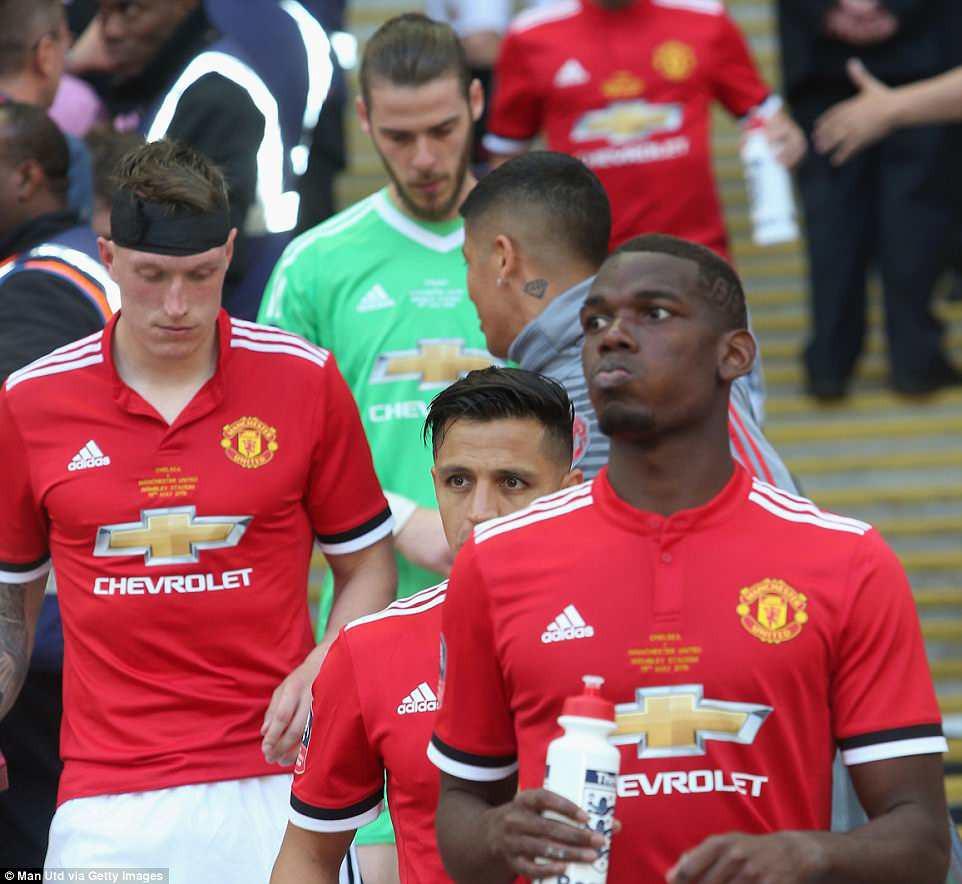 Dàn sao Man Utd thất thểu, cay đắng nhìn Chelsea vô địch FA Cup - Ảnh 14.