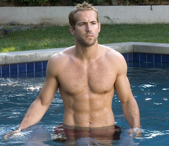 Trong Deadpool mặc kín thế, nhưng mỗi khi Ryan Reynolds cởi áo ra thì ai cũng phải mất máu! - Ảnh 27.