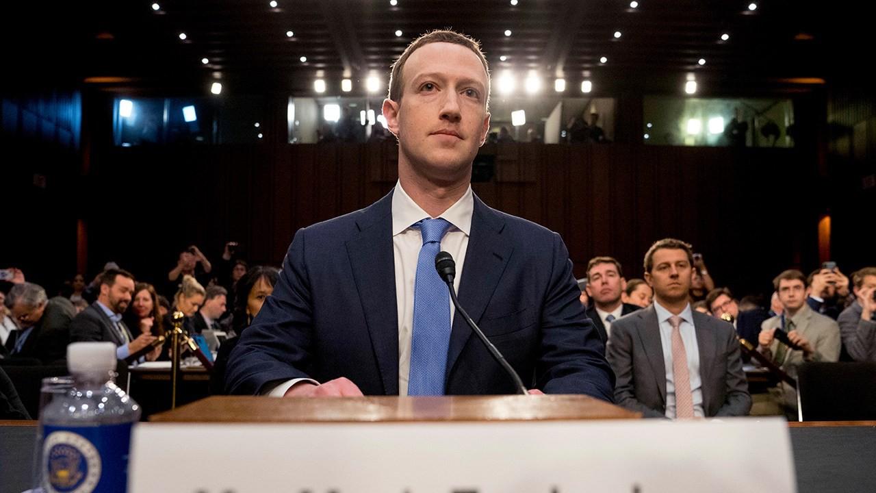Nghịch lý Facebook: Tưởng ngã đau vì phốt nhưng vẫn tự tin khoe thành tích đều đều - Ảnh 1.