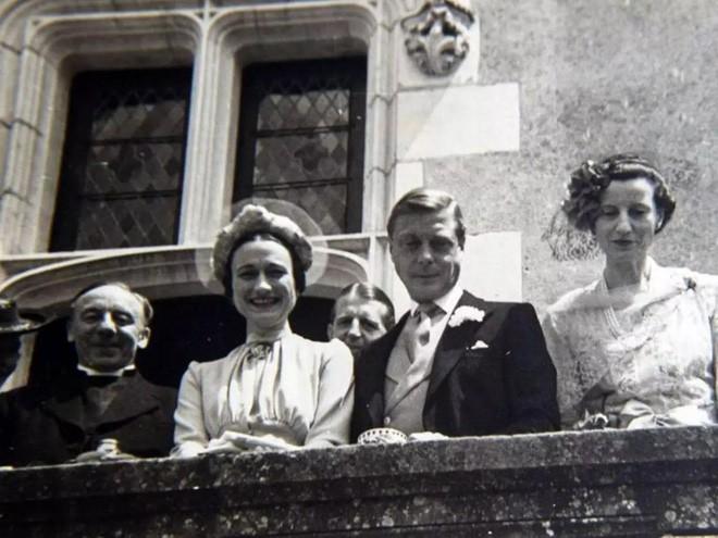 Edward VIII - vua nước Anh một đời phong lưu lại rơi vào lưới tình si, từ bỏ cả ngai vàng để cưới người phụ nữ Mỹ đã 2 lần đò - Ảnh 5.