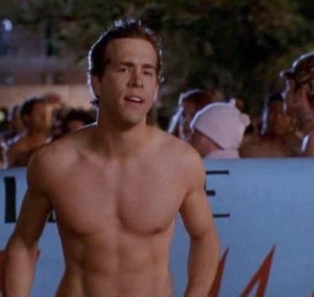 Trong Deadpool mặc kín thế, nhưng mỗi khi Ryan Reynolds cởi áo ra thì ai cũng phải mất máu! - Ảnh 3.