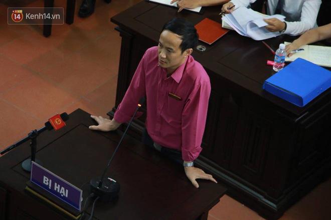 Xét xử vụ chạy thận 9 người chết: Nhân chứng tiết lộ nguyên nhân thay đổi lời khai theo hướng có lợi cho bác sĩ Hoàng Công Lương - Ảnh 2.