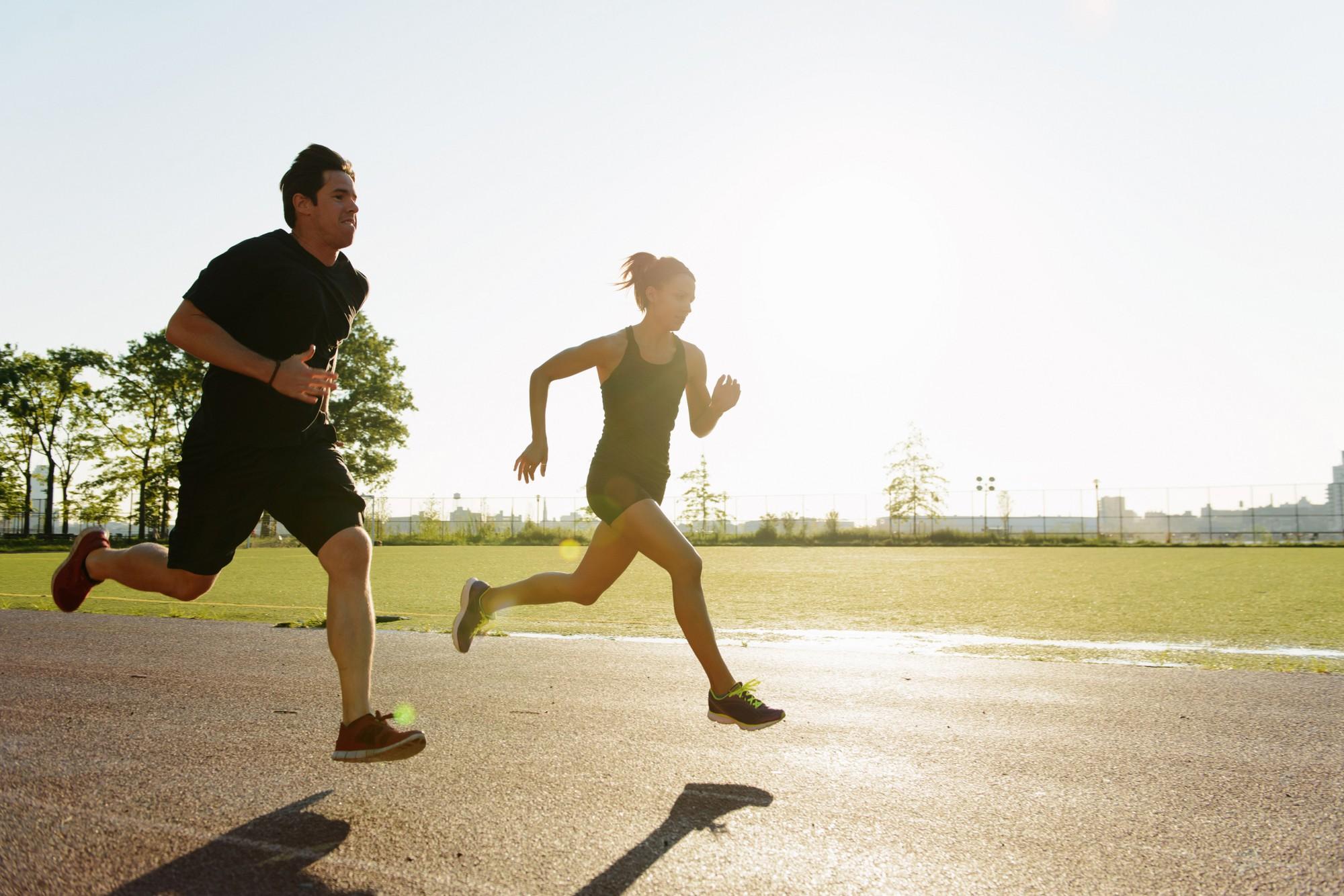 Kết quả hình ảnh cho sải chân dàikhi chạy bộ