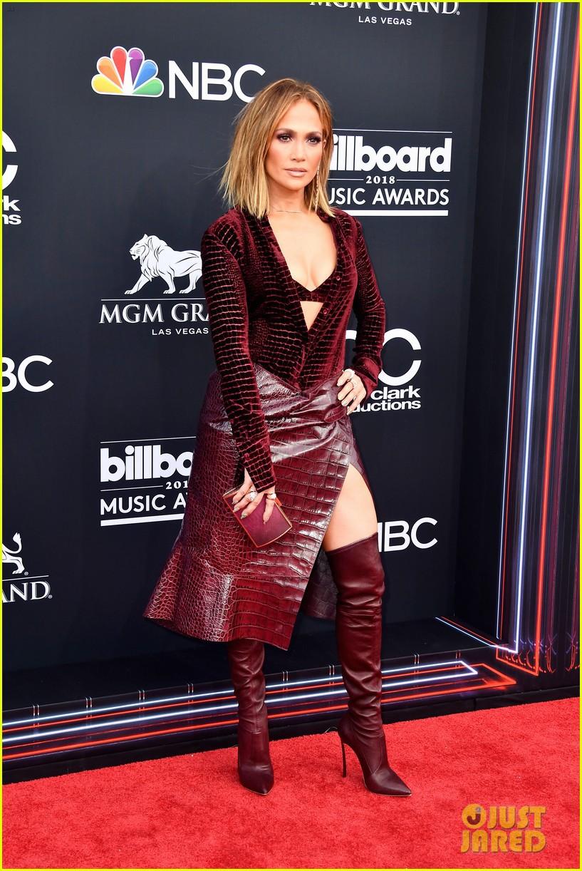 Trở lại thảm đỏ Billboard Music Awards 2018, Taylor Swift đẹp như tiên nữ giữa dàn sao đình đám - Ảnh 11.
