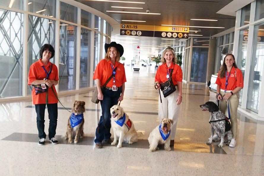 """Hóa ra sân bay dẫn hành khách bước vào cửa hiệu đắt đỏ bằng những cách """"thủ thuật"""" này đây - Ảnh 5."""