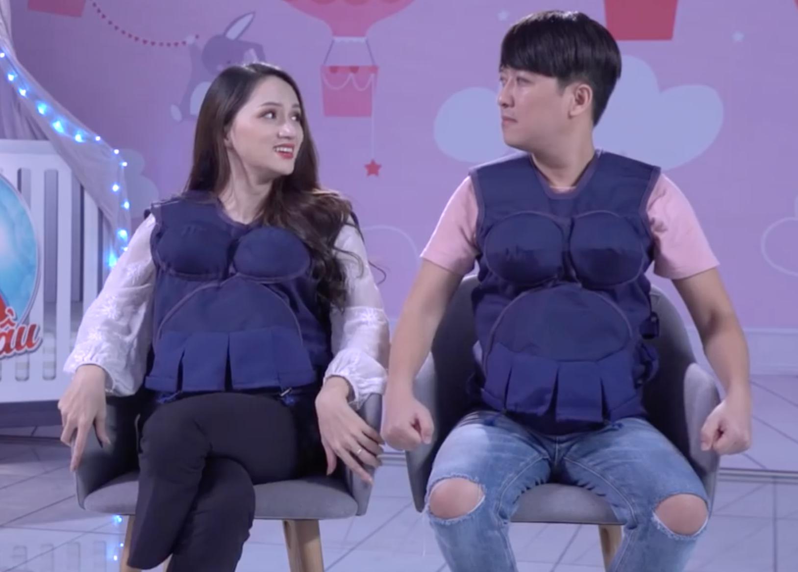 Cả nhà Hoa dâm bụt xuất hiện ủng hộ Hoa hậu Hương Giang mang bầu! - Ảnh 3.