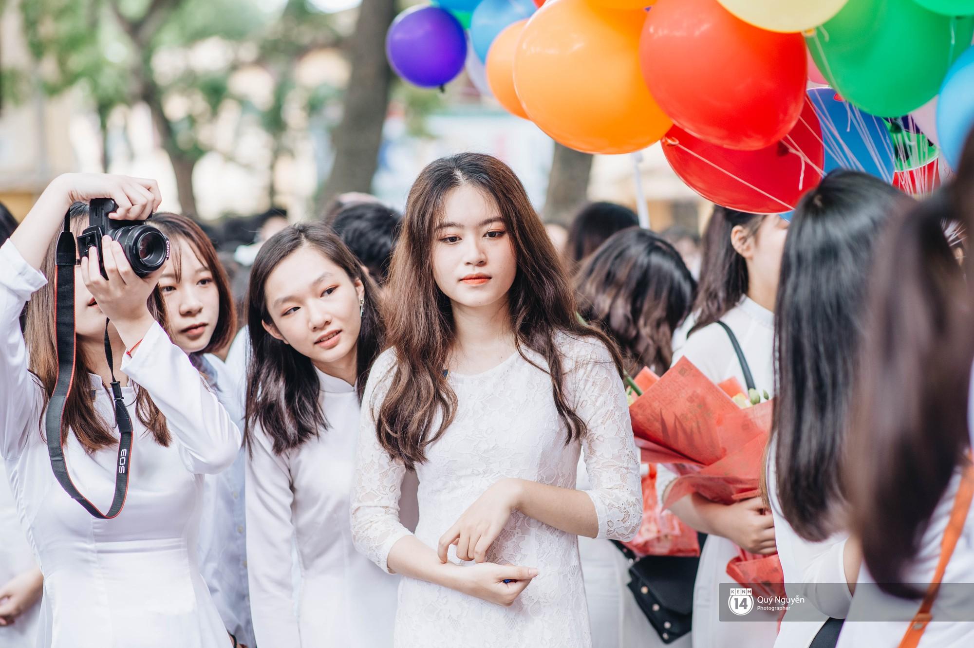 Đặc sản lễ bế giảng trường Phan Đình Phùng: Cả một trời trai xinh gái đẹp - Ảnh 15.