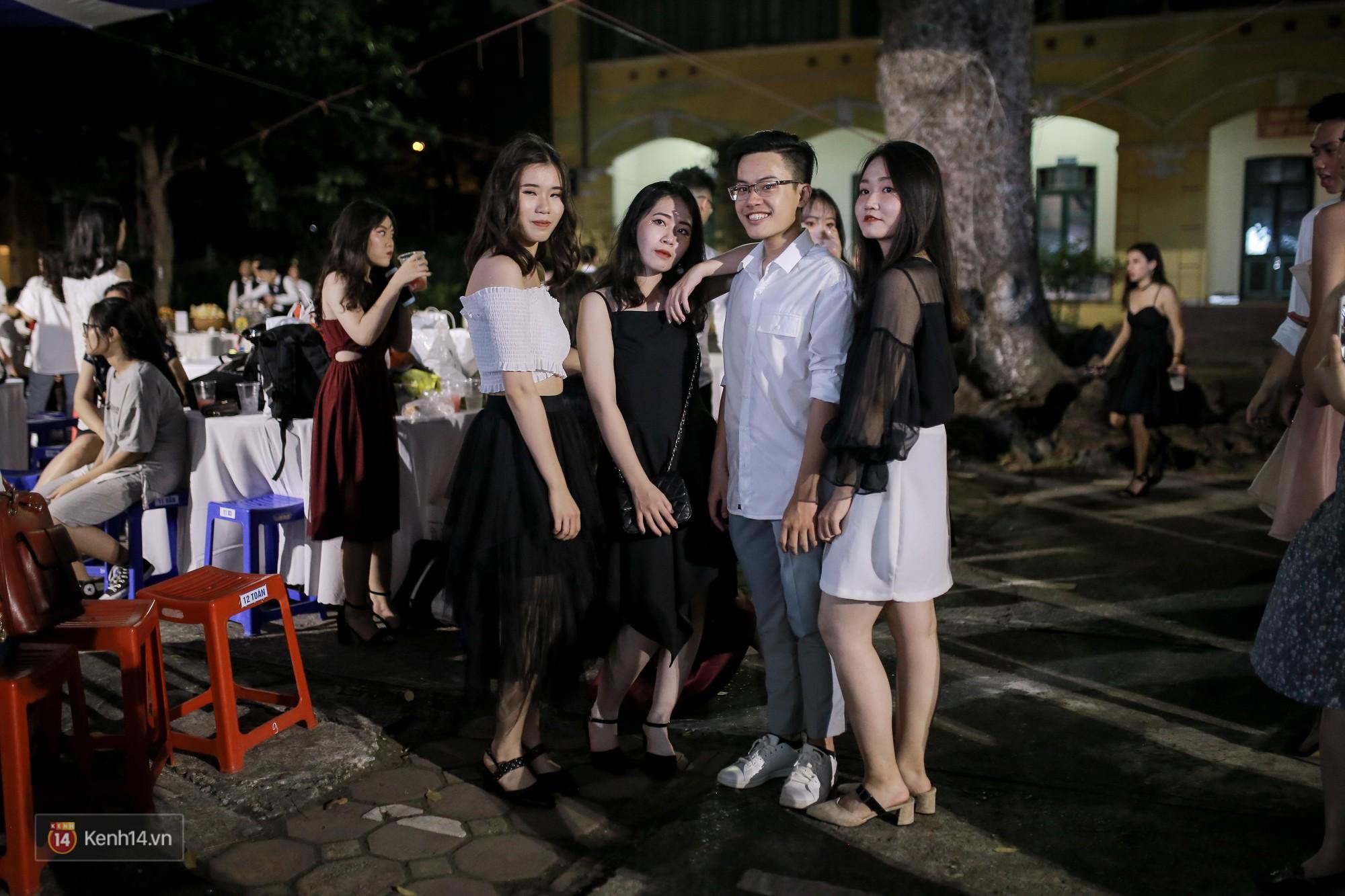 Nữ sinh Chu Văn An xinh ngẩn ngơ trong đêm tri ân/ trưởng thành - Ảnh 12.