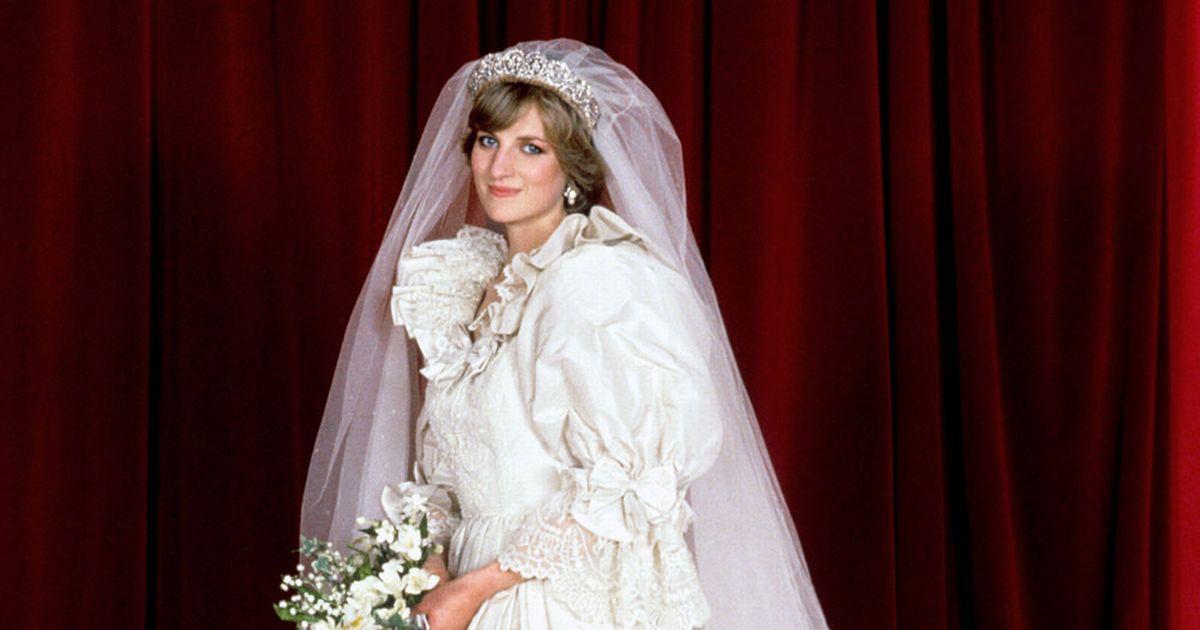 Nhan sắc và khí chất hoàn hảo của cố Công nương Diana trong những khoảnh khắc xưa - Ảnh 7.