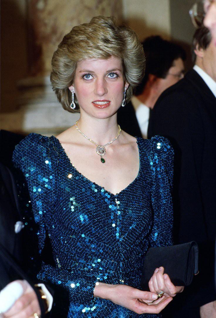 Nhan sắc và khí chất hoàn hảo của cố Công nương Diana trong những khoảnh khắc xưa - Ảnh 9.