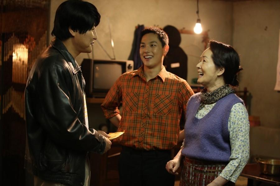 Chỉ có đúng 16 phim Hàn này được gọi là phim quốc dân: Chớ nên xem thiếu một phim nào! - Ảnh 3.
