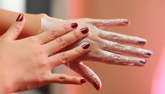 5 bộ phận dễ bị lão hóa sớm sau 25 tuổi mà con gái nên chú ý - Ảnh 1.