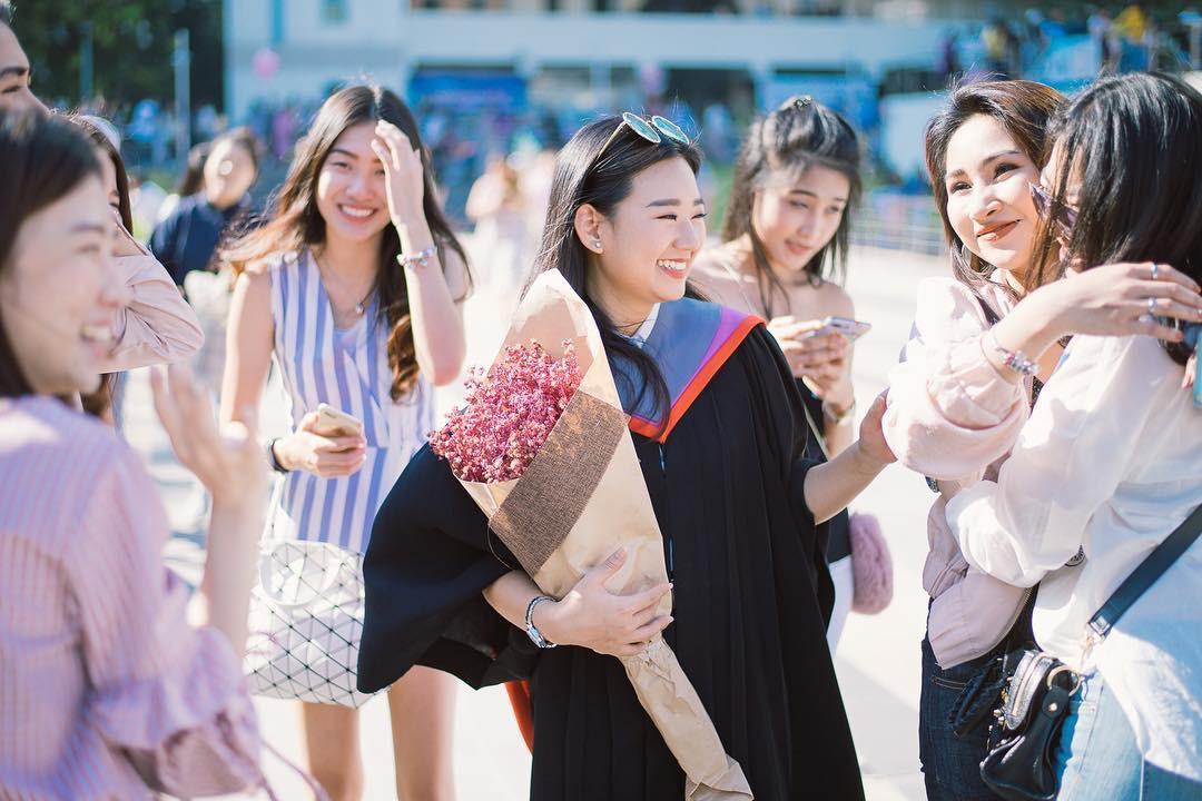 Ảnh tốt nghiệp sinh viên Thái Lan: Ngỡ như đang lạc vào thiên đường trai xinh gái đẹp - Ảnh 13.
