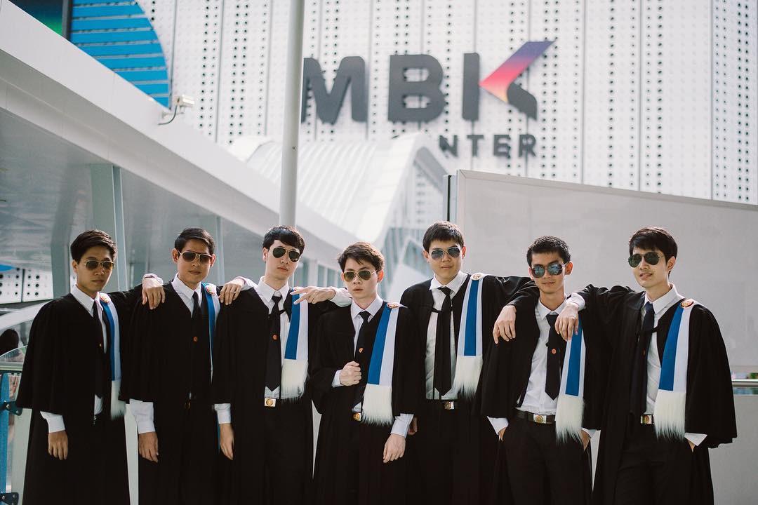 Ảnh tốt nghiệp sinh viên Thái Lan: Ngỡ như đang lạc vào thiên đường trai xinh gái đẹp - Ảnh 7.