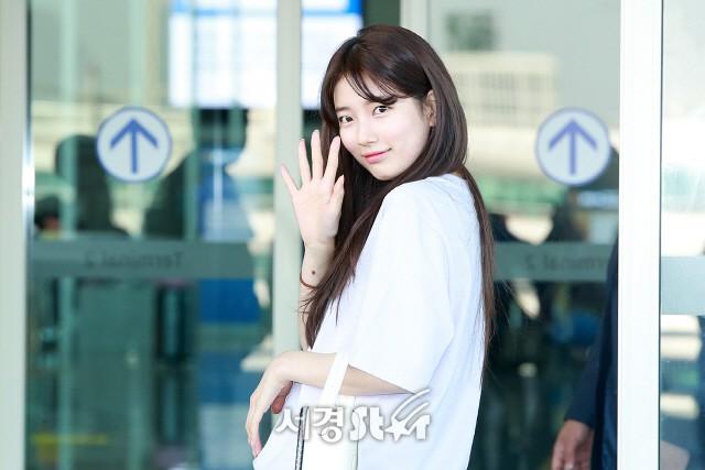 'Tình đầu quốc dân' Suzy bất ngờ lộ diện xinh đẹp như thiên thần sau lùm xùm kiện tụng