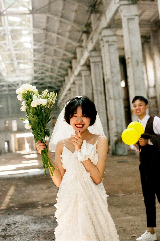 Bộ ảnh cưới m\u0026#249;a h\u0026#232; ...