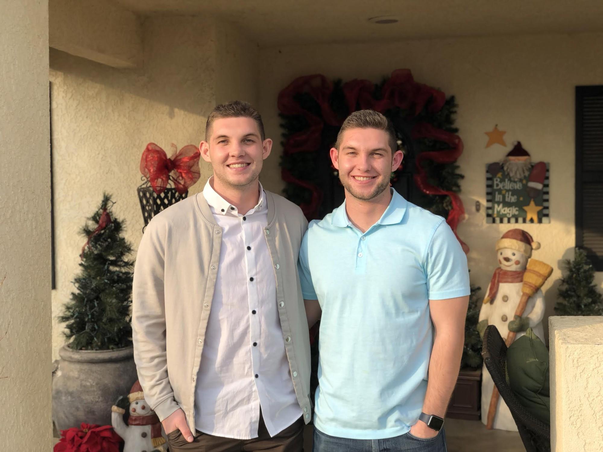Vừa tốt nghiệp đại học tại Mỹ, hai anh em sinh đôi này đã được Apple nhận vào làm việc nhờ bí kíp trả lời phỏng vấn độc đáo - Ảnh 1.