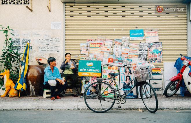 Người đàn ông giao báo bằng xe đạp cuối cùng ở Sài Gòn: Vội làm gì giữa cuộc đời hối hả - Ảnh 10.