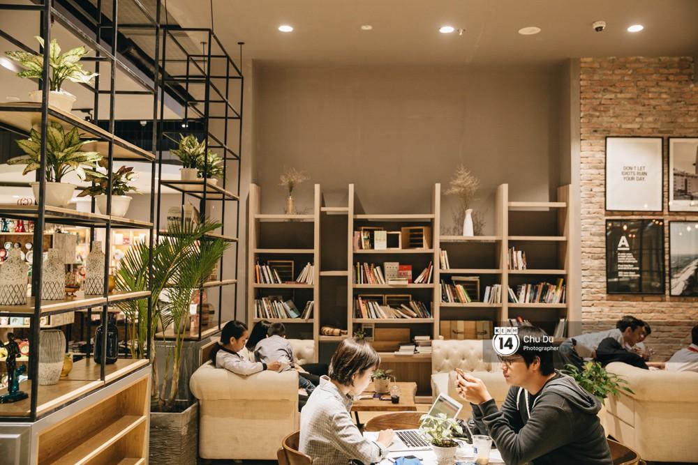 Khu vực book cafe