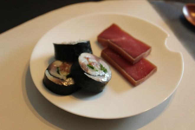 Tự mở nhà hàng Nhật trong phòng kí túc, anh chàng 21 tuổi khiến giới sành ăn ở Amsterdam phải ngỡ ngàng - Ảnh 6.