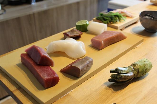 Tự mở nhà hàng Nhật trong phòng kí túc, anh chàng 21 tuổi khiến giới sành ăn ở Amsterdam phải ngỡ ngàng - Ảnh 7.