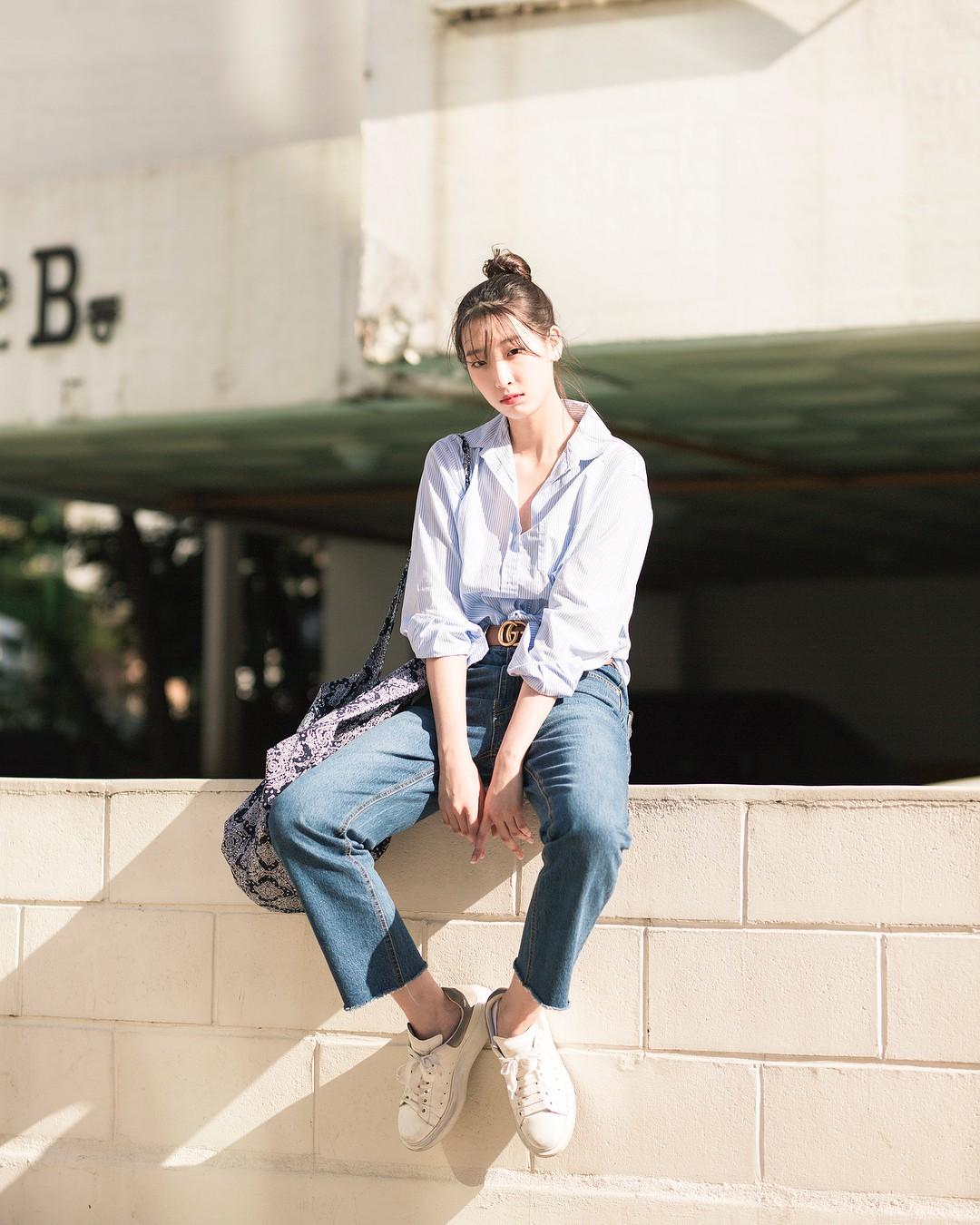 Chỉ diện toàn những món đồ mà ai cũng có sẵn nhưng giới trẻ Hàn vẫn hô biến nên street style quá đỉnh - Ảnh 4.