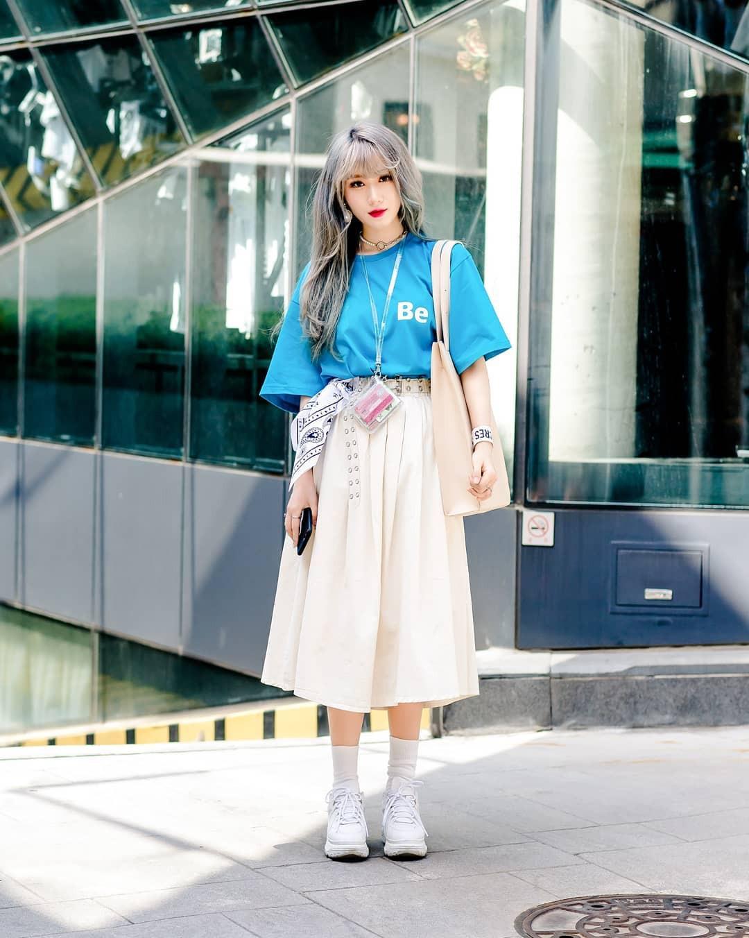 Chỉ diện toàn những món đồ mà ai cũng có sẵn nhưng giới trẻ Hàn vẫn hô biến nên street style quá đỉnh - Ảnh 7.