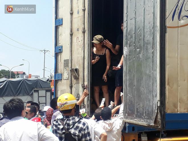 Bỏ tiền giải cứu 17 tấn sầu riêng giữa trưa hè Hà Nội, người mua thất vọng với chất lượng thực tế: Tài xế lên tiếng - Ảnh 4.