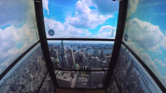 Chùm ảnh: Đi thang máy chẳng còn là trải nghiệm quá buồn chán nữa với những thiết kế độc nhất vô nhị này - Ảnh 1.